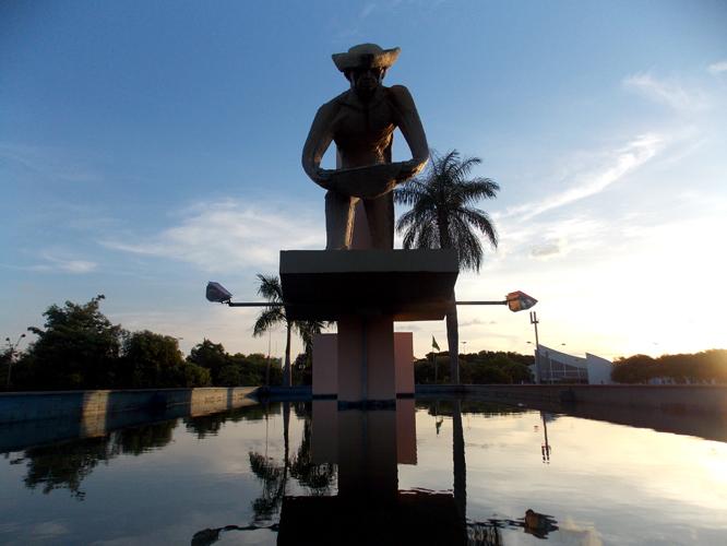 Monumento dos Garimpeiros
