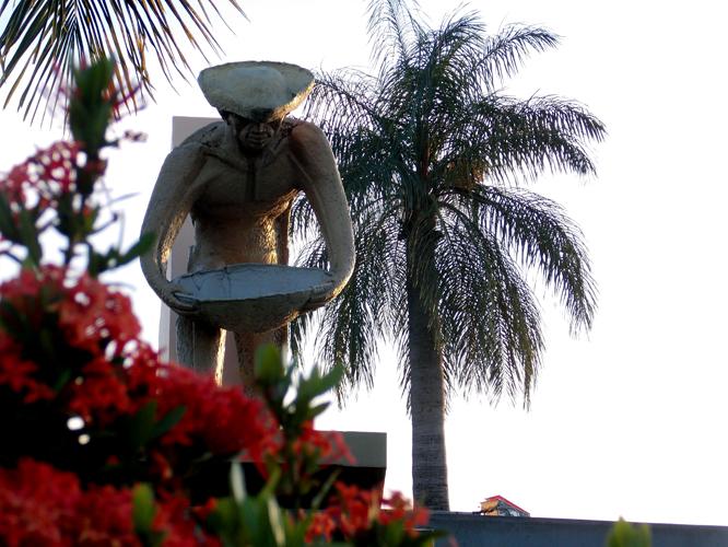 monumento-aos-garimpeiros2