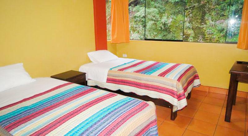 Hostel La Vencidad - Águas Calientes